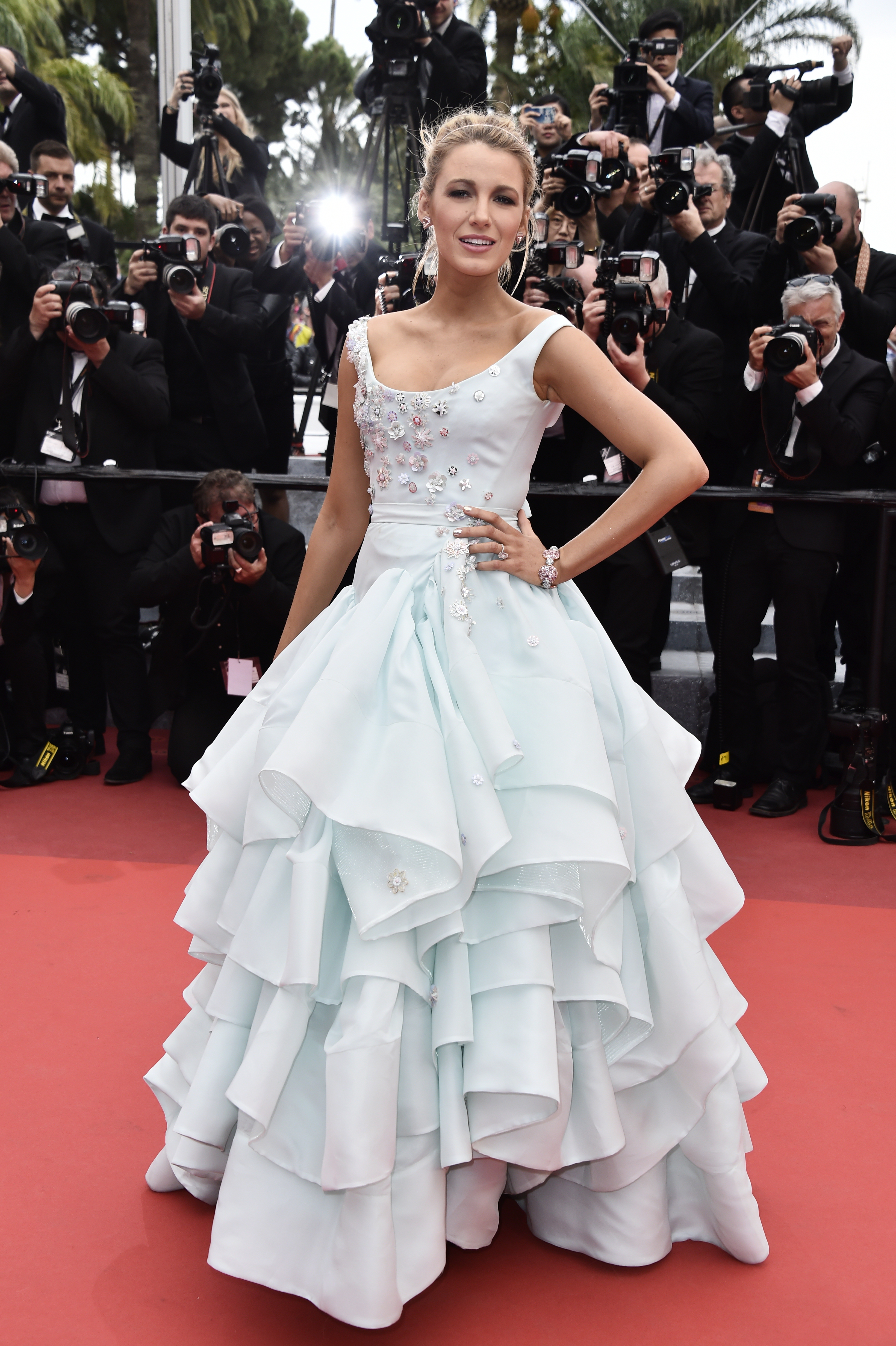 "CANNES, FRANCE - MAY 13: Blake Lively attends the ""Slack Bay (Ma Loute)"" premiere during the 69th annual Cannes Film Festival at the Palais des Festivals on May 13, 2016 in Cannes, France. (Photo by Pascal Le Segretain/Getty Images)"