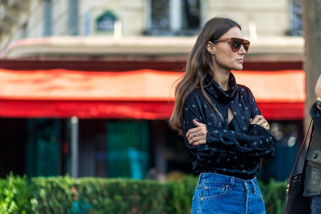 hbz-pfw-ss17-street-style-day-4-08